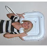 Надувной подголовник для мытья головы фото