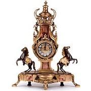 Часы каминные антикварные Ампир с лошадьми фото