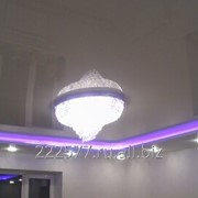Натяжной потолок с межуровневой подсветкой фото