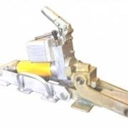 Домкрат гидравлический поднятия рельс для судов пр.2-95 фото