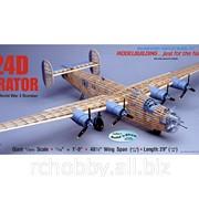 Модель B-24D Liberator