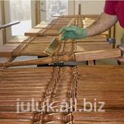 Токарные работы по дереву: посуда, деревянные новогодние игрушки различных моделей, ручки, ножки на стол и стулья, балясины деревянные различной длинны и диаметра, столбы точеные фото