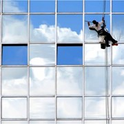 Мойка окон, витражей,фасада. Алматы   фото
