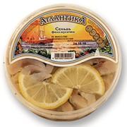 Сельдь филе-кусочки в масле с лимоном фото