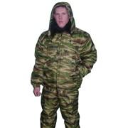 Куртка утепленная с меховым воротником и капюшоном. фото