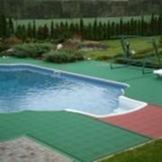 Напольные покрытия для аквапарков, бассеинов, бань и саун фото