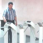 Системы контроля доступа и учета рабочего времени фото