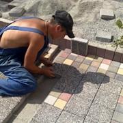 Укладка тротуарной плитки брусчатки в Алматы фото