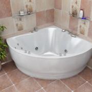 Угловая гидромассажная ванна фото