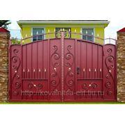 Ворота Боярские узорные со встроенной калиткой фото