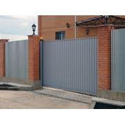 Откатные и распашные ворота с профнастилом фото