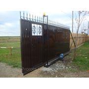 Ворота сдвижные со встроенной калиткой фото