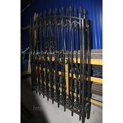 Забор из профильной трубы с элементами ковки фото