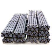 Столбы металлические для заборов из круглых труб разного сечения фото