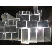 Алюминиевая профильная труба квадратная прямоугольная бокс АД31 АМг5 АМг6 фото