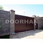 Распашные ворота в Сургуте. фото