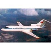 Самолет ЯК-40 фото
