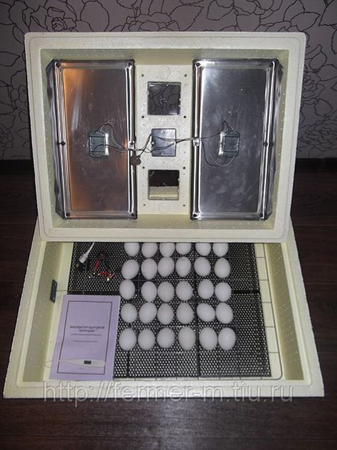 Инкубатор «Золушка» на 70 яиц
