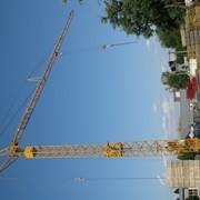 Монтаж башенного крана Liebherr 35K фото