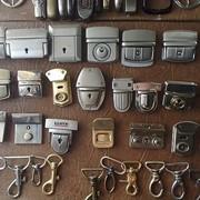 Ремонт чемоданов фото
