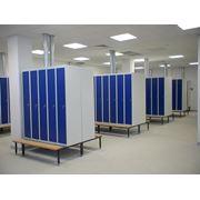 Металлические шкафы для одежды фото
