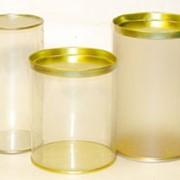 Цилиндрическая упаковка из ПВХ. фото