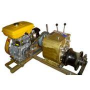 Лебедка тяговая автономная с бензиновым приводом и горизонтальным тяговым фрикционным барабаном фото