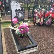 Памятник резной с ангелом фото