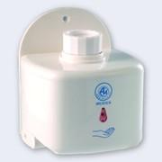 Сенсорный дозатор для антисептиков и мыла фото