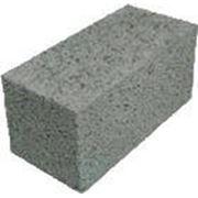 Блок керамзитобетонный стеновой полнотелый фото