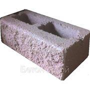 Блок стеновой с поверхностью «под колотый гранит» пустотелый СКВ-3 (390х190х190) фото