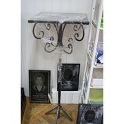 Столик металлический. фото