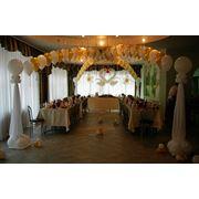 Праздничное оформление воздушными шарами тканями и цветами любого мероприятия фото