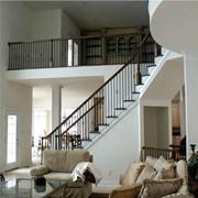 Отделка лестниц из бетона. фото