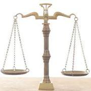 Представление и защита интересов клиента в судах фото