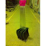 Лопата снегоуборочная пластиковая 445*412, ф 35 мм. с алюминиевая накладка без черенка фото