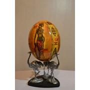 Яйцо страуса декорированное фото