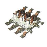 Разъединитель переменного тока внутренней установки типа РВФ(З)-10/630 фото