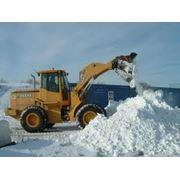 Расчистка снега фото