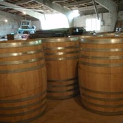 Бочки дубовые для вина, коньяка фото
