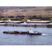 Доставка грузов речным транспортом фото