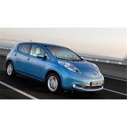 Электромобиль Nissan LEAF фото
