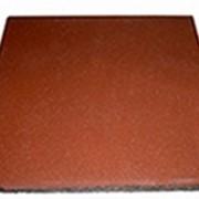 Квадратная однотонная плитка PlayMix кирпичи для конюшень фото