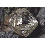 алмазы в ассортименте фото