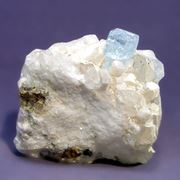 Щетка кристаллов топаза фото