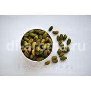 Зеленые фисташки очищенные. Категория В. Green peeled pistachios grade B фото