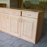 Мебель корпусная из древесины сосны высшего качества фото