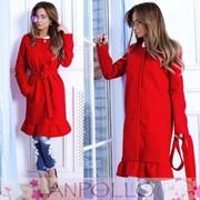 Женское пальто с воланом по низу, в расцветках фото