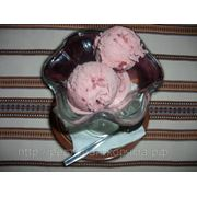 Мороженое клубничное фото