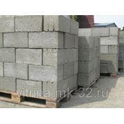 Блок пескобетонный полнотелый фундаментный 400х200х200 фото